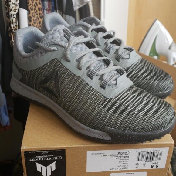 785f7a35a988 Reebok JJ II low training sneakers